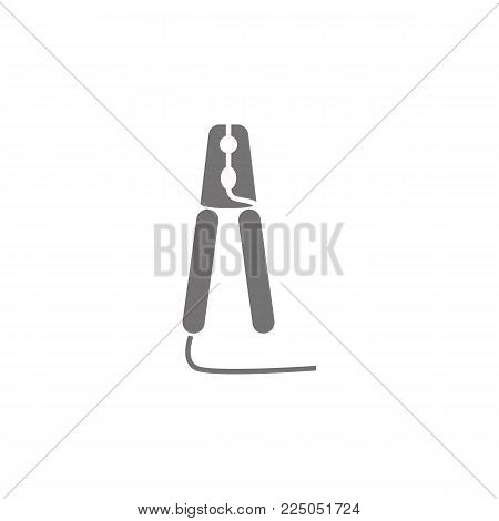 cooper clamps vector icon on white background