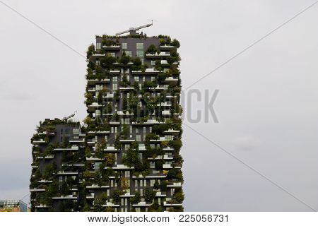 Milan, Italy-october 09, 2016: Skyscraper Vertical Forest View. Modern District Of Porta Nuova In Mi