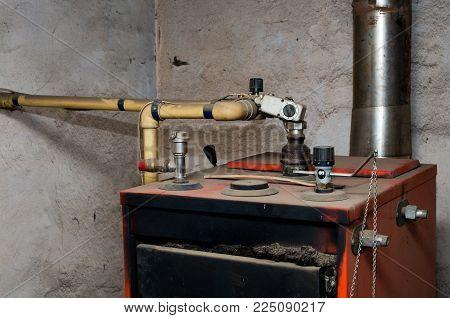 Old Water Circulating Pump