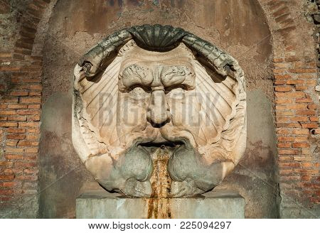 Fountain of  the Mask of Saint Sabina, made in 1593 and now in Aventine Hill in Rome