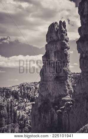 Big Orange Hoodoo in Bryce Canyon Park
