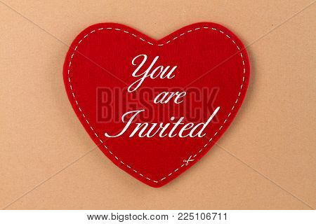 Red heart ot felt with german lettering  - You are invited