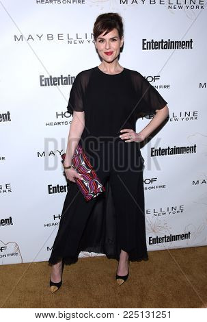 LOS ANGELES - JAN 20:  Sara Rue arrives for the EW Magazine honors SAG Nominees on January 20, 2018 in West Hollywood, CA