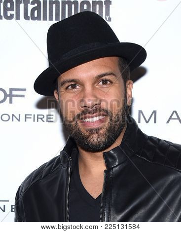LOS ANGELES - JAN 20:  OT Fagbenle arrives for the EW Magazine honors SAG Nominees on January 20, 2018 in West Hollywood, CA