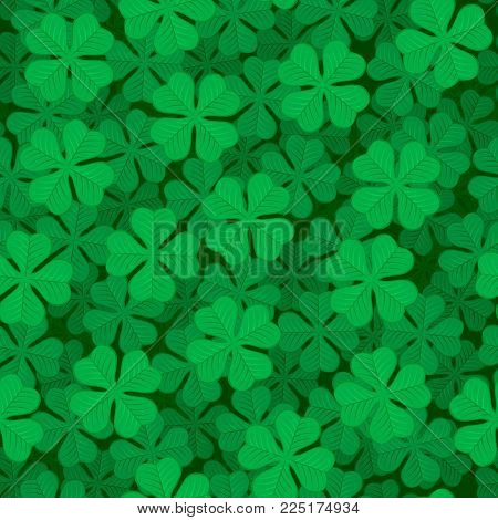 St. Patrick's day background. Green clover shamrock seamless pattern.