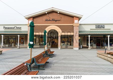 Hakone, Shizuoka, Japan - December 8, 2017: This Is Fragrance Outlet At Gottemba Premium Outlets. Go