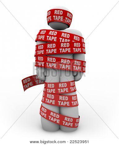 Una persona está envuelto en cinta roja con las palabras burocracia repetido, que representa conseguir cogido u
