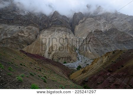 Trekking On Markha Valley Trek Route In Ladakh, Karakorum Panorama. This Region Is A Purpose Of Moto