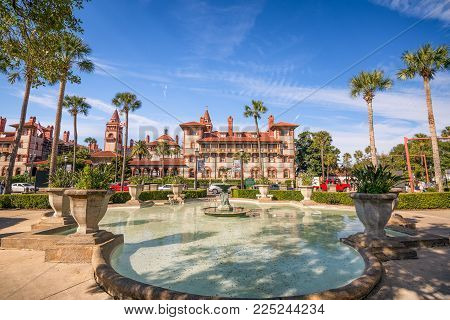 ST. AUGUSTINE, FLORIDA - JANUARY 18, 2015 : St. Augustine downtown cityscape with fountain at Flagler College. Founded in 1968, it is a famous private liberal arts college in Florida.