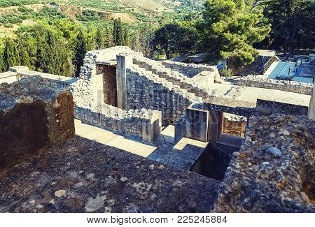 Ancient ruins of Knossos palace, largest Bronze Age archaeological site on Crete, Heraklion, Greece, considered Europe's oldest city