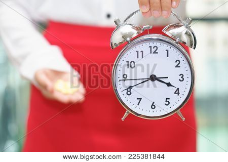 Woman Holding A Clock With Medicine - Woman Period Pain.