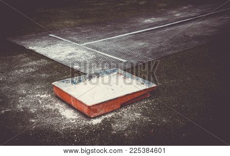 Outdoor Long Jump Sand Pid Or Rubber Board Pid For Kids In Asian Sport. Track And Field Long Jump Eq