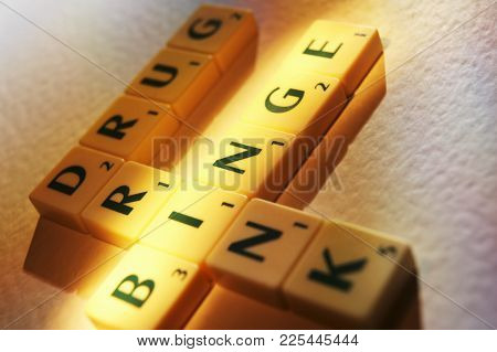 Cleckheaton, West Yorkshire, Uk: Scrabble Board Game Letters Spelling The Words Drunk Drink Binge, 1