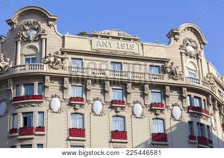 Barcelona,spain-november 1,2017:detail Facade Building Hotel El Palace Formerly Known As Hotel Ritz