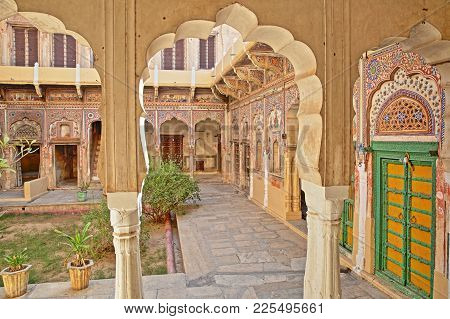 Mandawa, Rajasthan, India - December 27, 2017: Ladia Haveli With Colorful Frescoes And Paintings