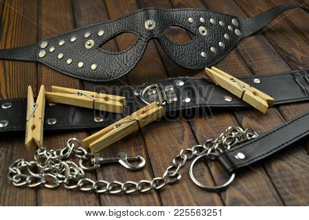 Bdsm Adult Fetish Leather Sex Toys For Domination, Submission And Bondage