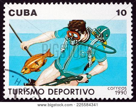 Cuba - Circa 1990: A Stamp Printed In Cuba Shows Spear Fishing, Tourism, Circa 1990