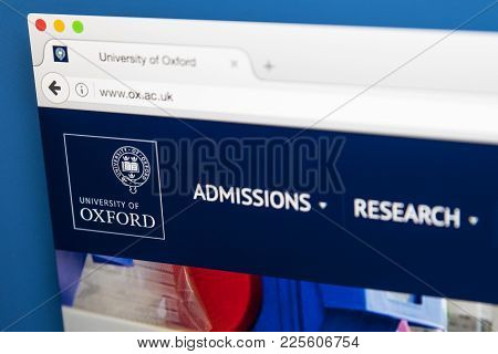 London, Uk - August 7th 2017: The Homepage Of The Official Website For The University Of Oxford, On
