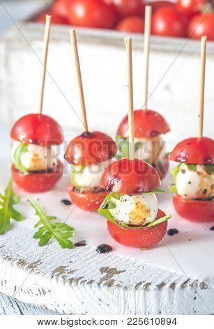 Caprese Salad Skewer Appetizers