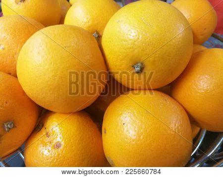 Fresh and juicy oranges