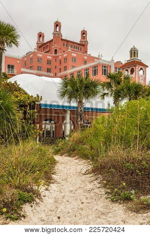 St. Petersburg, Florida - January 14, 2015 : Loews Don Cesar Hotel Located In St. Pete Beach. It Is