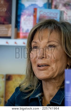 Pilar Eyre Smiles At A Reader At The Madrid Book Fair In June 2011