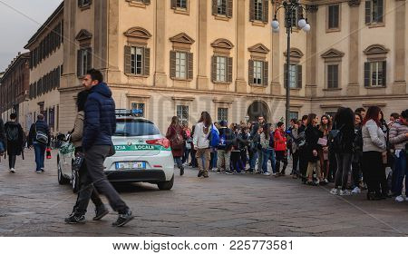 Milan, Italy - November 02, 2017 : Police Car Patrol The Streets Around The Cathedral On A Fall Day