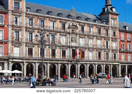The Main Square (plaza Mayor), A Grand Arcaded Square In The Center Of The City, Is Very Popular Wit