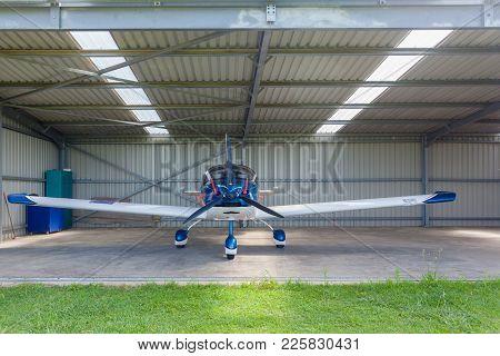 Aircraft Two Seater Plane Hangar