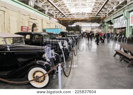 St. Petersburg, Russia - 7 May, Exhibition Of Retro Cars, 7 May, 2017. Visitor In The Exhibition Pav