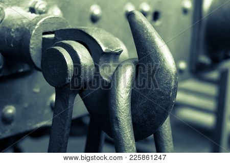 Railway Coupling  Hook On Train - Old Steel Hook