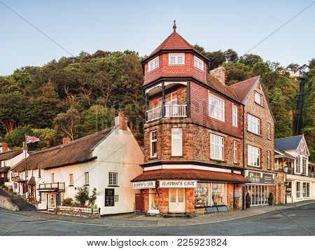19 June 2017: Lynmouth, Devon, Uk - Bulidings At The Corner Of Riverside Road And The Esplanade In L