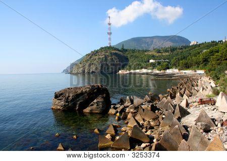 Coast In Partenit