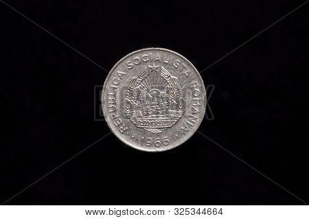 Socialist Republic Of Romania Old 25 Bani Coin From 1966, Obverse Showing Socialist Republic Of Roma