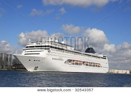 Big Cruiseship In A Canal