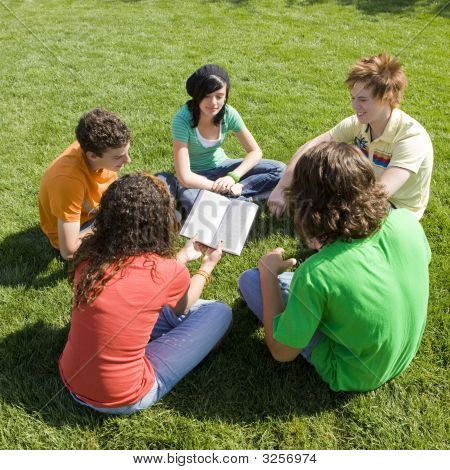 Five Teens With Bible