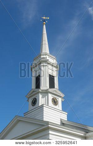 Unitarian Universalist Area Church On Washington Street In Historic Town Center In Fall, Sherborn, B