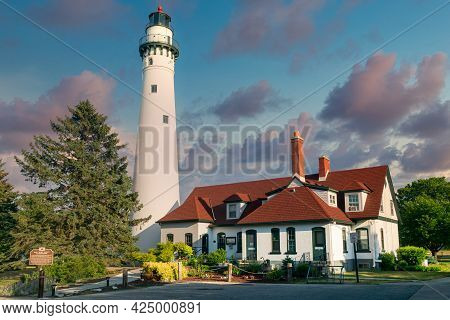 The Windpoint Lighthouse On Lake Michigan Near Racine, Wisconsin.