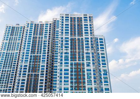 Daejeon; South Korea; June 20, 2021: Low Angle View Of New Highrise Building Under Construction In S