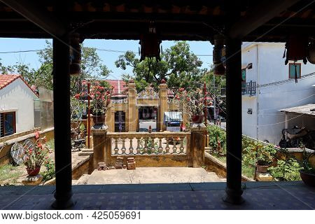 Hoi An, Vietnam, May 23, 2021: View Of The Courtyard Of Van Thanh Mieu Cam Pho Temple In Hoi An, Vie