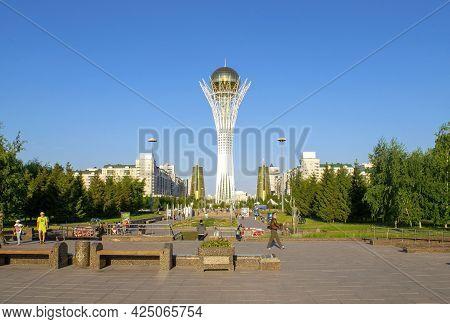 Nur-sultan - Kazakhstan: June 10, 2021: Center Of Nur-sultan, View Of Baiterek Tower In Nurjol Boule