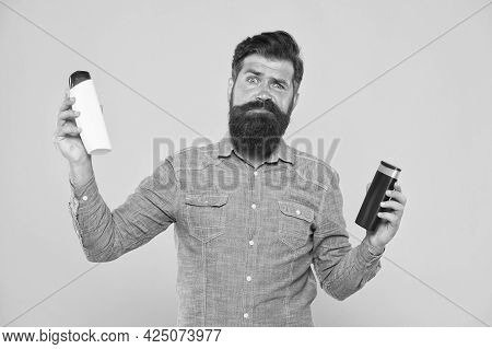 Which Shampoo Is Better For Beard. Bearded Man Choose Shampoo For Beard Hair. Beard Products. Care O