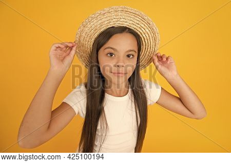 Summer Vacation Outfit. Ready To Relax. Teen Girl Summer Fashion. Little Beauty In Straw Hat. Beach