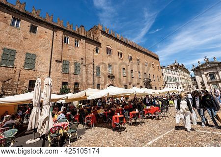 Mantua, Italy - May 9, 2021: Crowded Restaurant In The Historic Center Of Mantua, Piazza Sordello, O