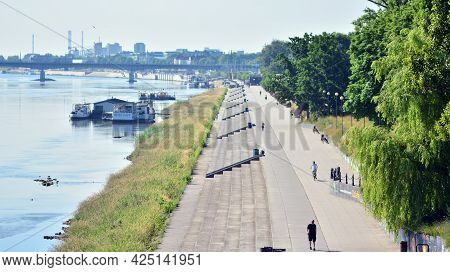 Warsaw, Poland. 28 June 2021. Vistulan Boulevards On The Western Side Of The River Vistula In Warsaw
