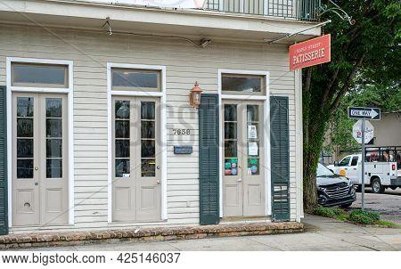 New Orleans, La - June 22: Maple Street Patisserie In Uptown New Orleans On June 22, 2021 In New Orl