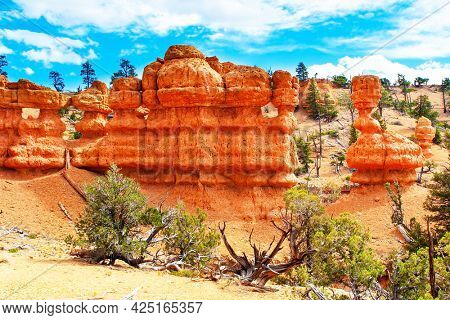 The most popular trails in Red Canyon. USA. Red Canyon Arches trail in Losee Canyon. Scenic spots of America. Sunny day.