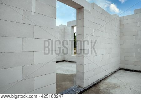 House Construction From Autoclaved Aerated Concrete Blocks