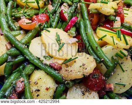 Bacon Potato Salad With Parsley And Chives