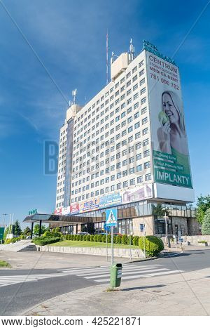 Pila, Poland - May 31, 2021: Hotel Gromada In City Center Of Pila.